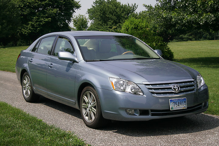 2006 Toyota Avalon Limited: A lot of luxury for the money.